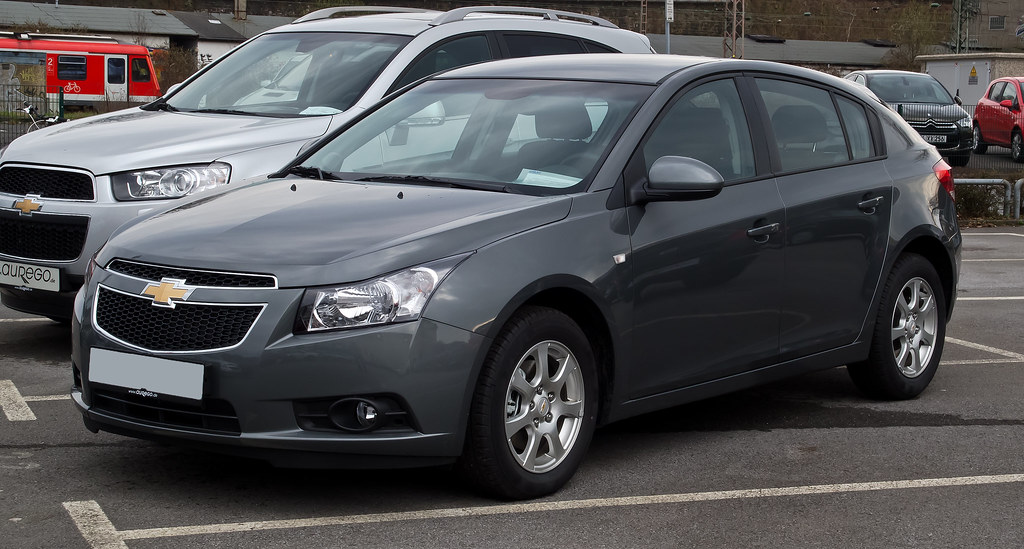chevrolet-cruze-2015-hatch